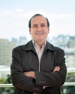 Consultor empresarial Flávio Barcellos